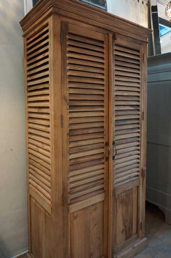 Lamellent renschrank antike m bel interieurs in for Raumgestaltung dresden