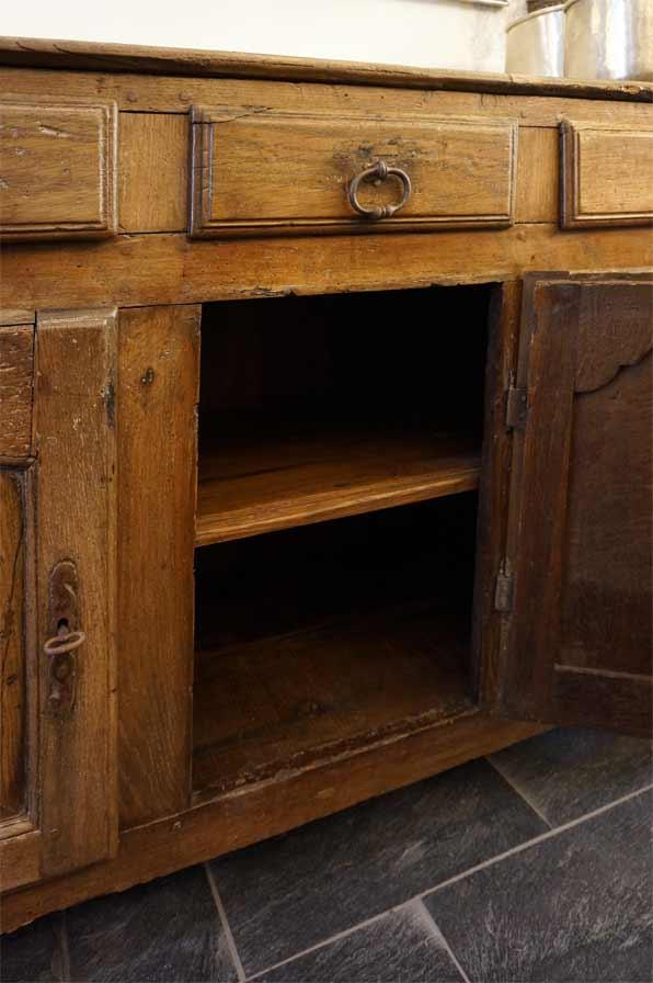 kommode alt antik dresden 03 antike m bel interieurs in dresden eyecatcher exklusives wohnen. Black Bedroom Furniture Sets. Home Design Ideas