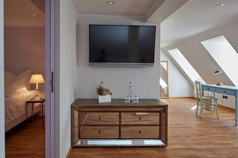 raumgestaltung-dresden-eyecatcher-interieur-villa-sorgenfrei-02 ...