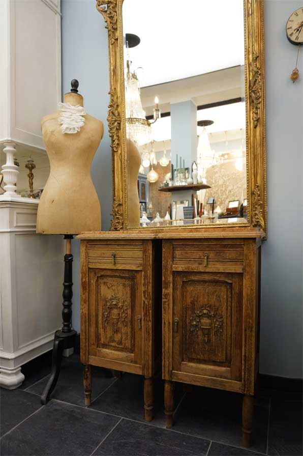 neue eyecatcher aus belgien antike m bel interieurs in dresden eyecatcher exklusives. Black Bedroom Furniture Sets. Home Design Ideas