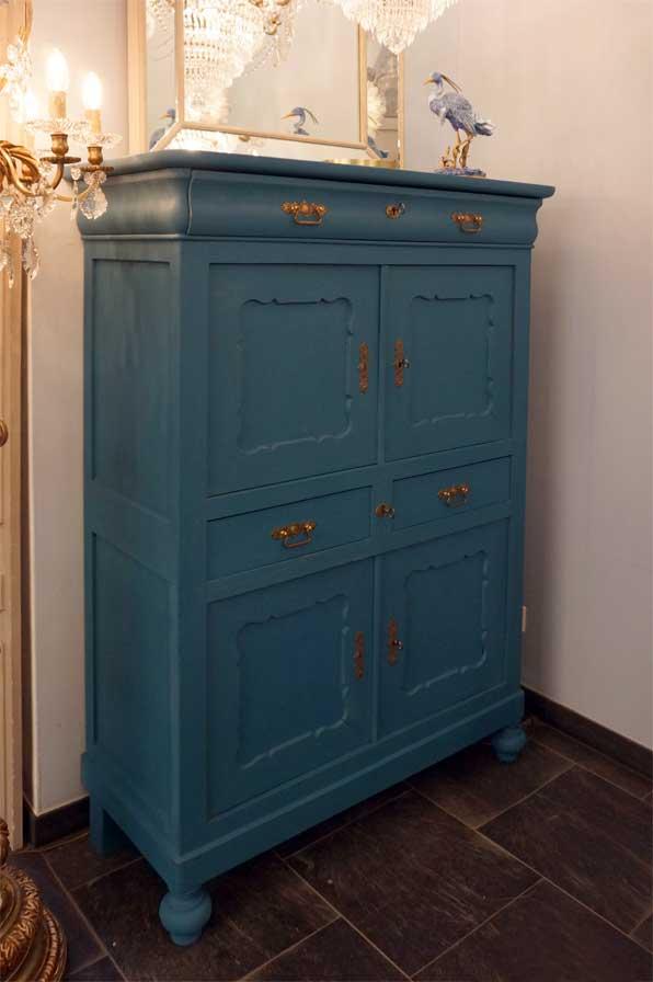 mit guten vors tzen antike m bel interieurs in dresden eyecatcher exklusives wohnen. Black Bedroom Furniture Sets. Home Design Ideas