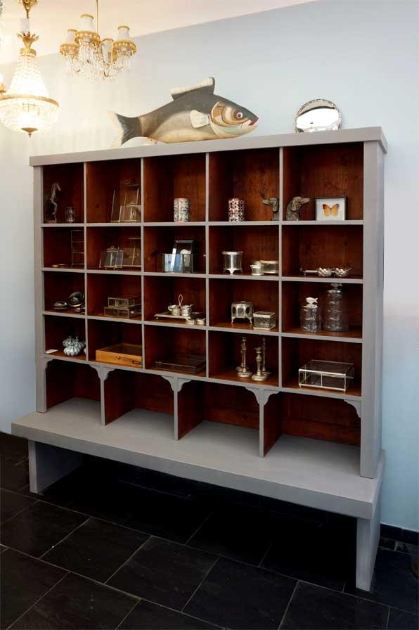 neues aus alter ladeneinrichtung antike m bel interieurs in dresden eyecatcher. Black Bedroom Furniture Sets. Home Design Ideas