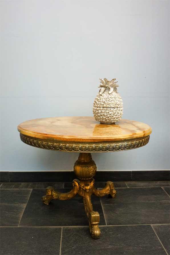 Couchtisch antik rund for Marmor couchtisch rund