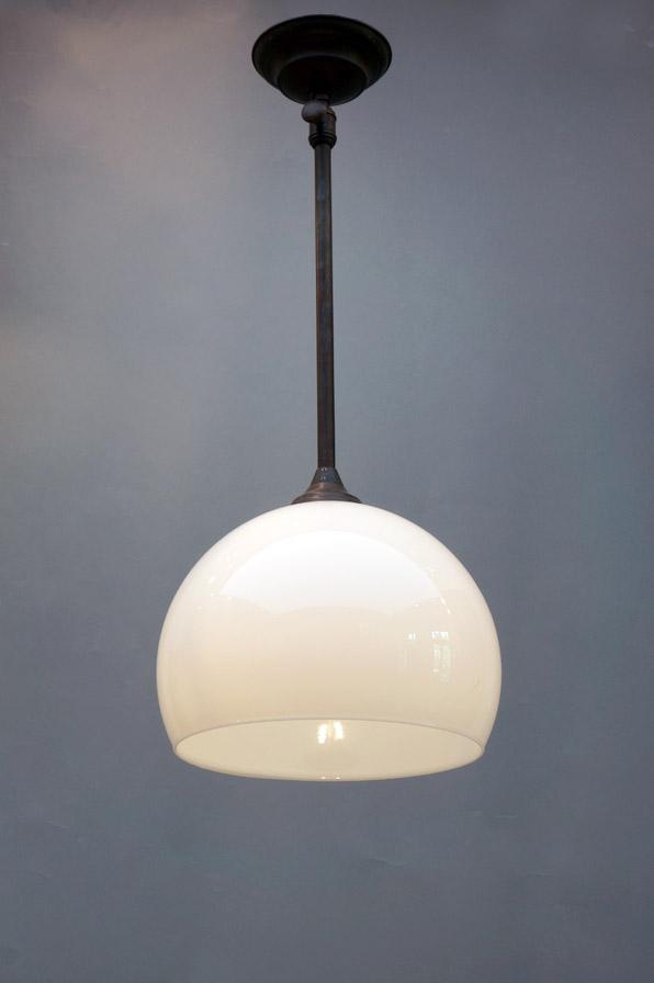 deckenleuchte aus opalglas für esstisch-dresden-eyecatcher-03